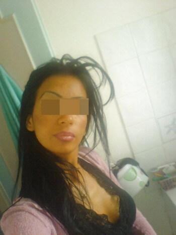 Jolie femme arabe de Sète