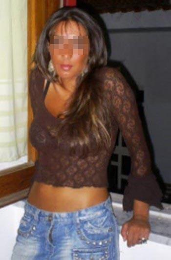 Belle femme arabe de Clichy pour une rencontre olé olé